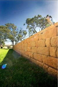 Dingo Earthworks in Cairns can advice you on retaining walls call us on 0159 753 586